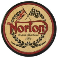 Patch Vintage en Cuir Norton
